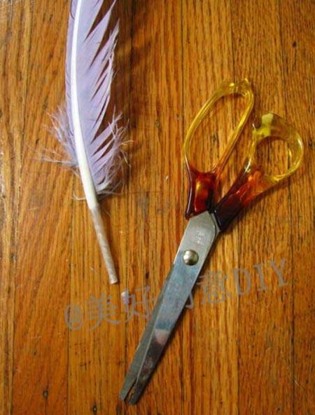 ขั้นตอนการทำปากกาขนนกสวย ๆ